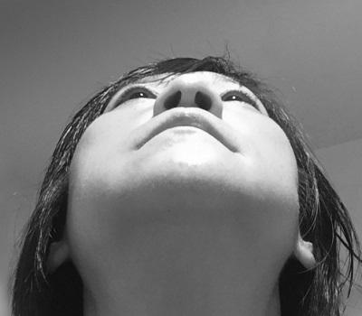 唇にできものが!これってヘルペス?原因と治療法を調べてみました