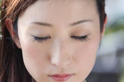 飛蚊症の原因はこれ!私もなった目の中のあの虫の正体・・